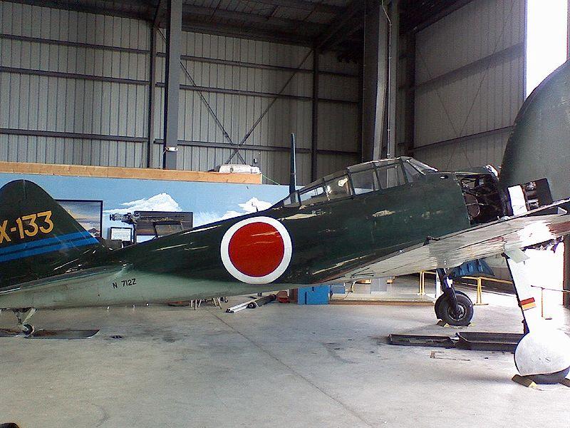 800px-Mitsubishi_A6M6C_Zero_2.jpg