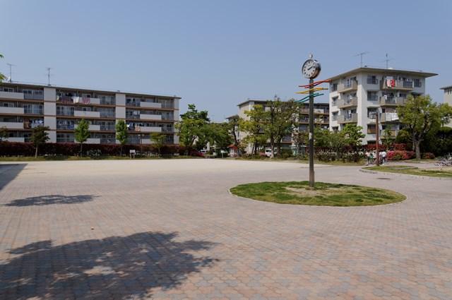 公団堤団地の広場その1