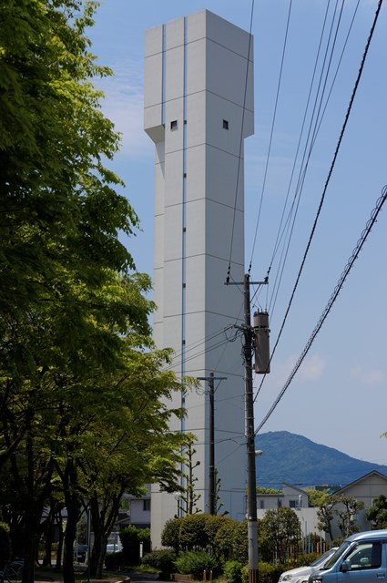公団美室団地の給水塔