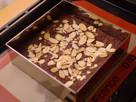 フルブラでつくる、パリさくアーモンドのチョコレートブラウニー05
