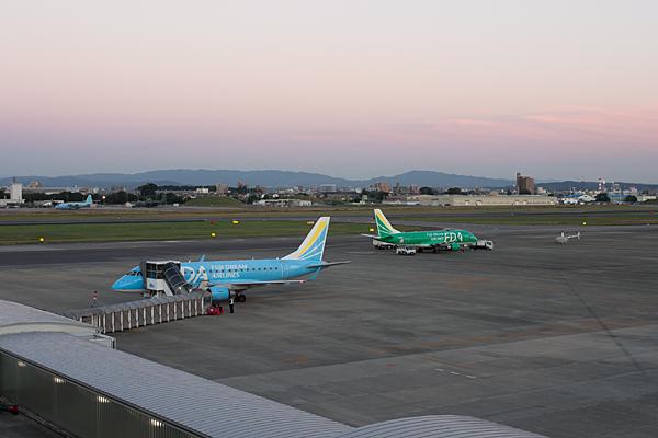 名古屋空港2-11