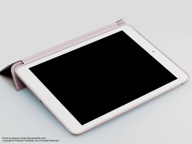 Apple iPad AirにSmart Caseを装着