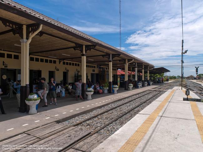アユタヤ駅 (Ayutthaya Sta.)