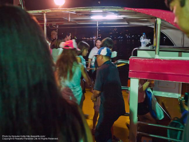 アジアンティークの無料送迎水上バス