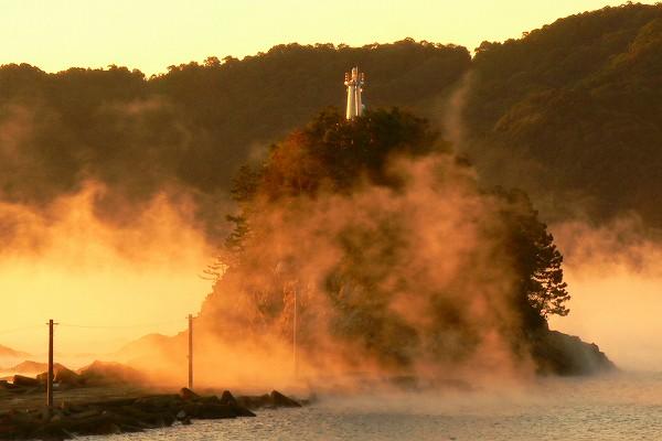 双名島灯台と朝霧 11/11/25