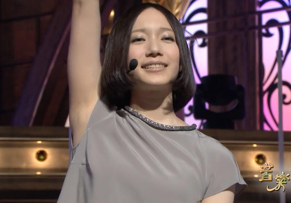 Perfumeのっち 脇チラキャプ画像(エロ・アイコラ画像)