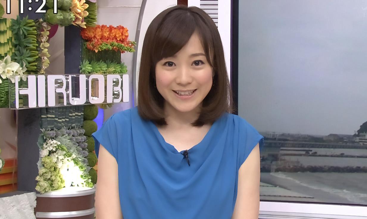 江藤愛 ミニスカートのアップ画像キャプ画像(エロ・アイコラ画像)