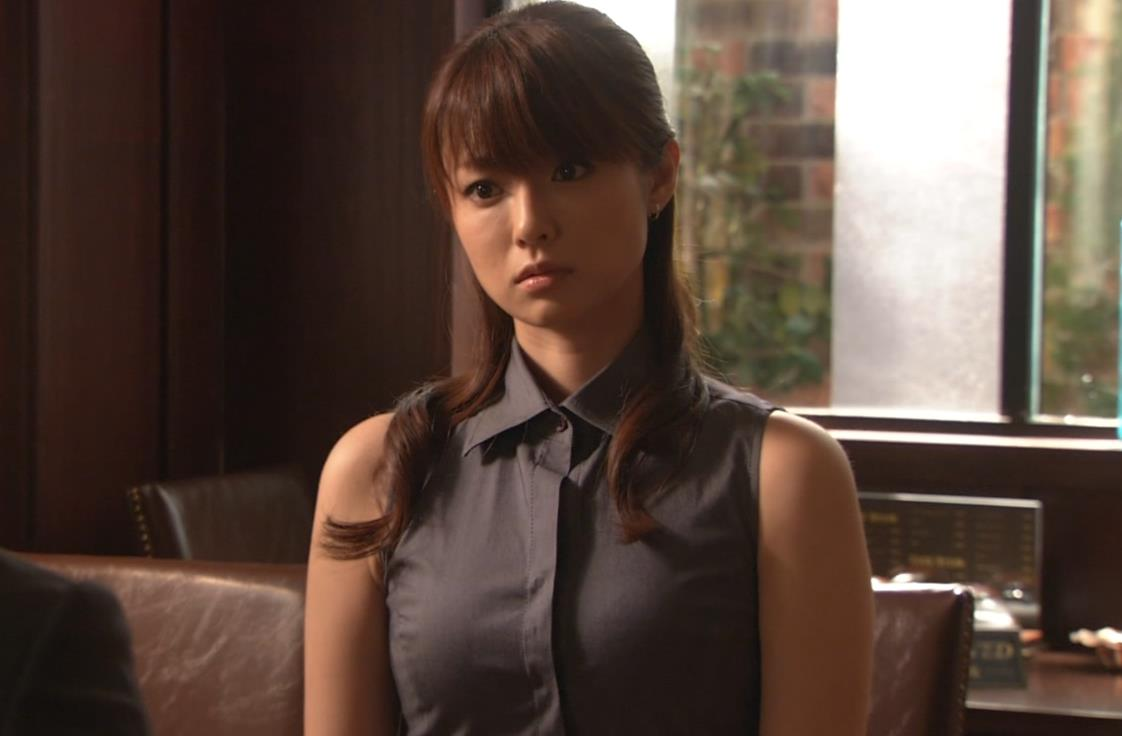 深田恭子 はち切れそうな服キャプ画像(エロ・アイコラ画像)