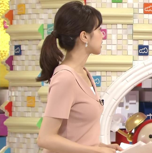 加藤綾子 柔らかそうな横乳 (めざましテレビ 20130723)