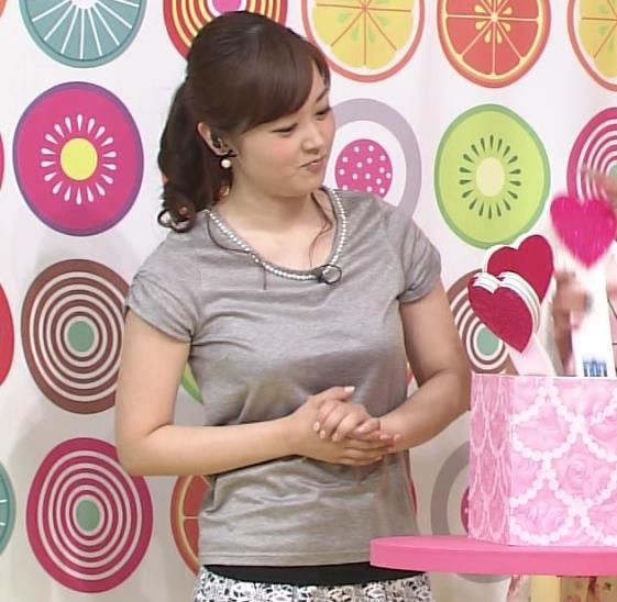 水卜麻美 巨乳のTシャツキャプ画像(エロ・アイコラ画像)