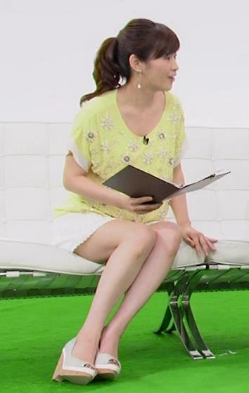 杉崎美香 太ももキャプ・エロ画像2