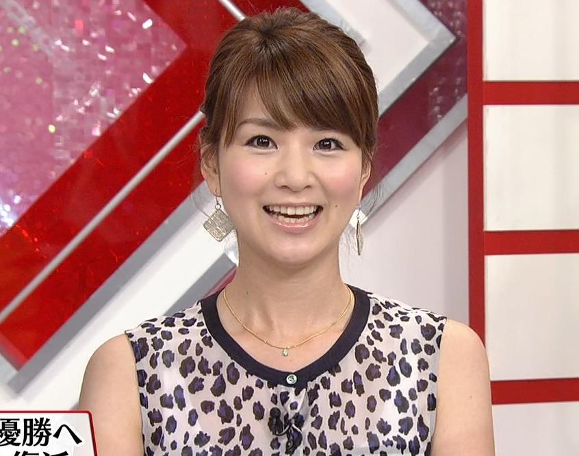 秋元玲奈 恒例のミニスカキャプ画像(エロ・アイコラ画像)