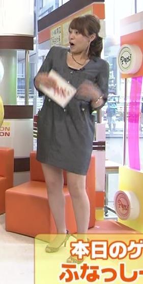 上田まりえ ミニスカートキャプ・エロ画像2
