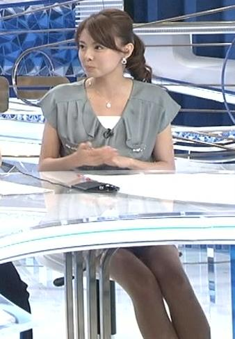 宮澤智 机の下のミニスカート美脚 (20130912)キャプ画像(エロ・アイコラ画像)