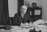 200px-James_Francis_Byrnes,_at_his_desk,_1943