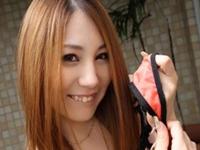 色白で超可愛い桃尻美女が田舎のおじさんを逆ナンしてハメまくり 上原花恋 xvideos