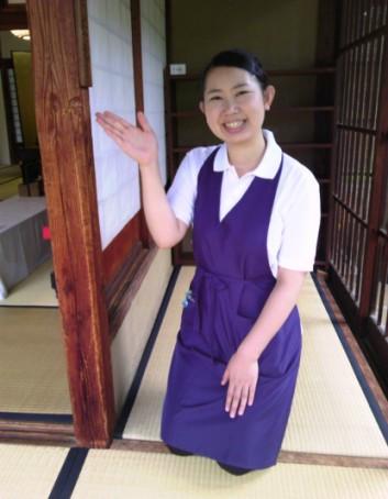 茶屋御殿の会津美人スタッフさん 八重の桜ファンで、建物から歴史の説明までしてくださいました